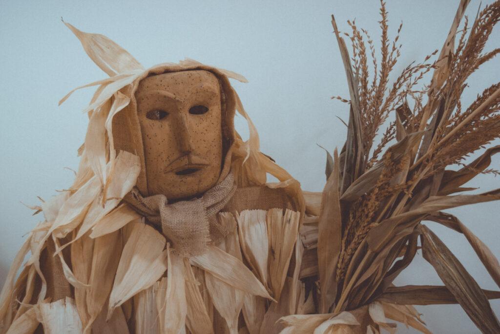 Careto de Lazarim com espigas da colheita